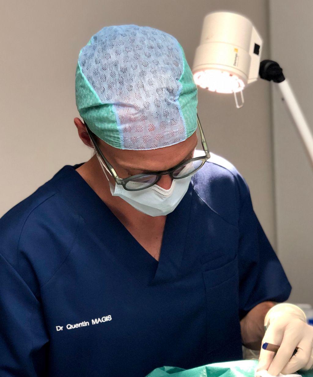 chirurgien dermatologue lyon quentin magis